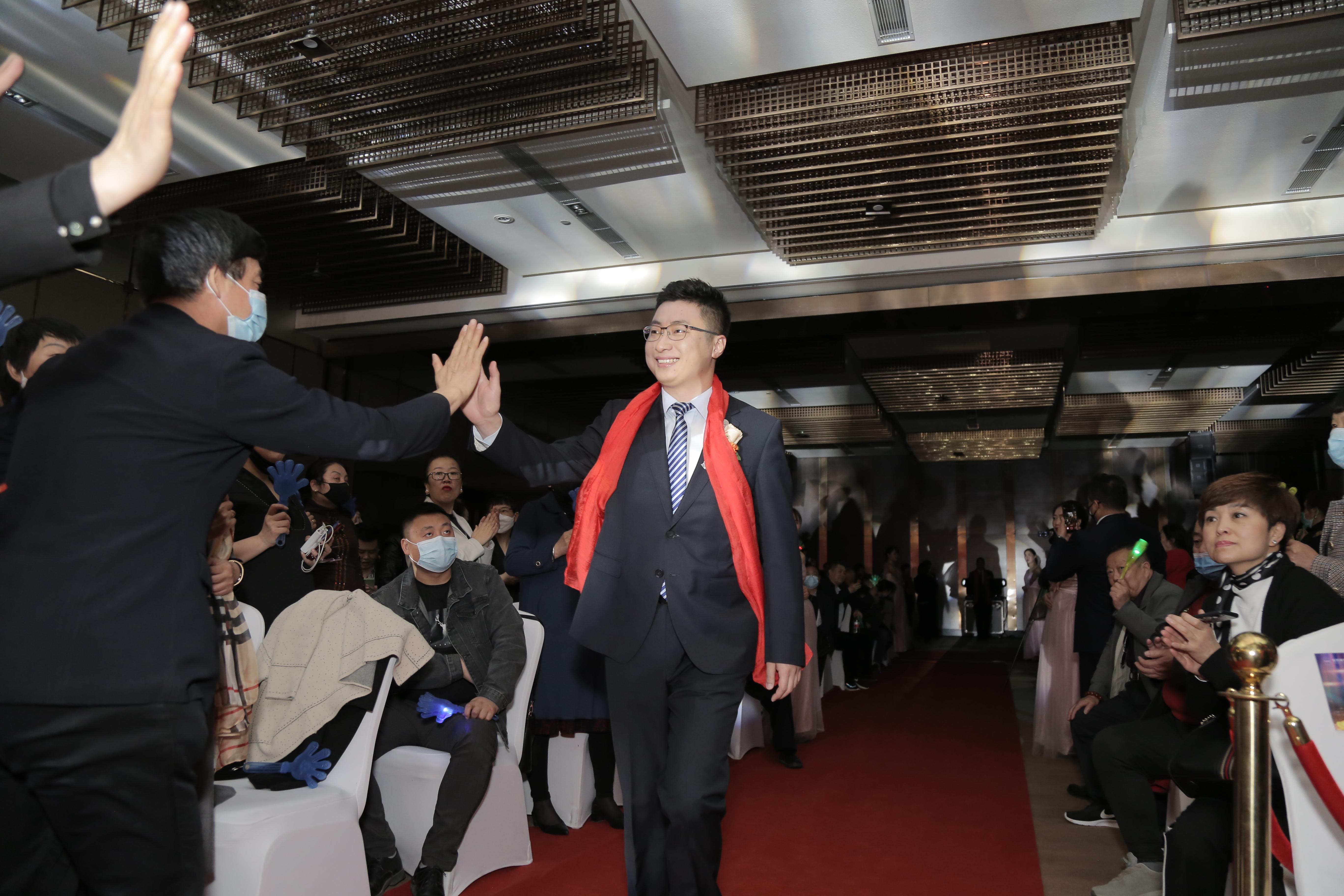 安然公司郑州分公司经理王连超先生.JPG